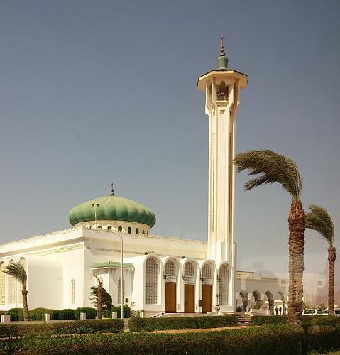 Нажмите на изображение для увеличения Название: Мечеть в Египте.jpg Просмотров: 3 Размер:92.1 Кб ID:645